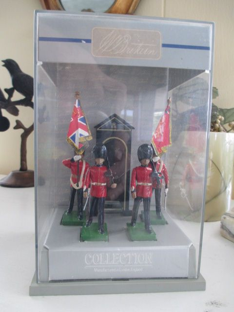 W Britain Collection of Scots Guards in Original Plastic Case