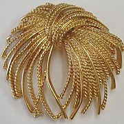 Vintage Gold Tone Shooting Fireworks  Pin by Monet