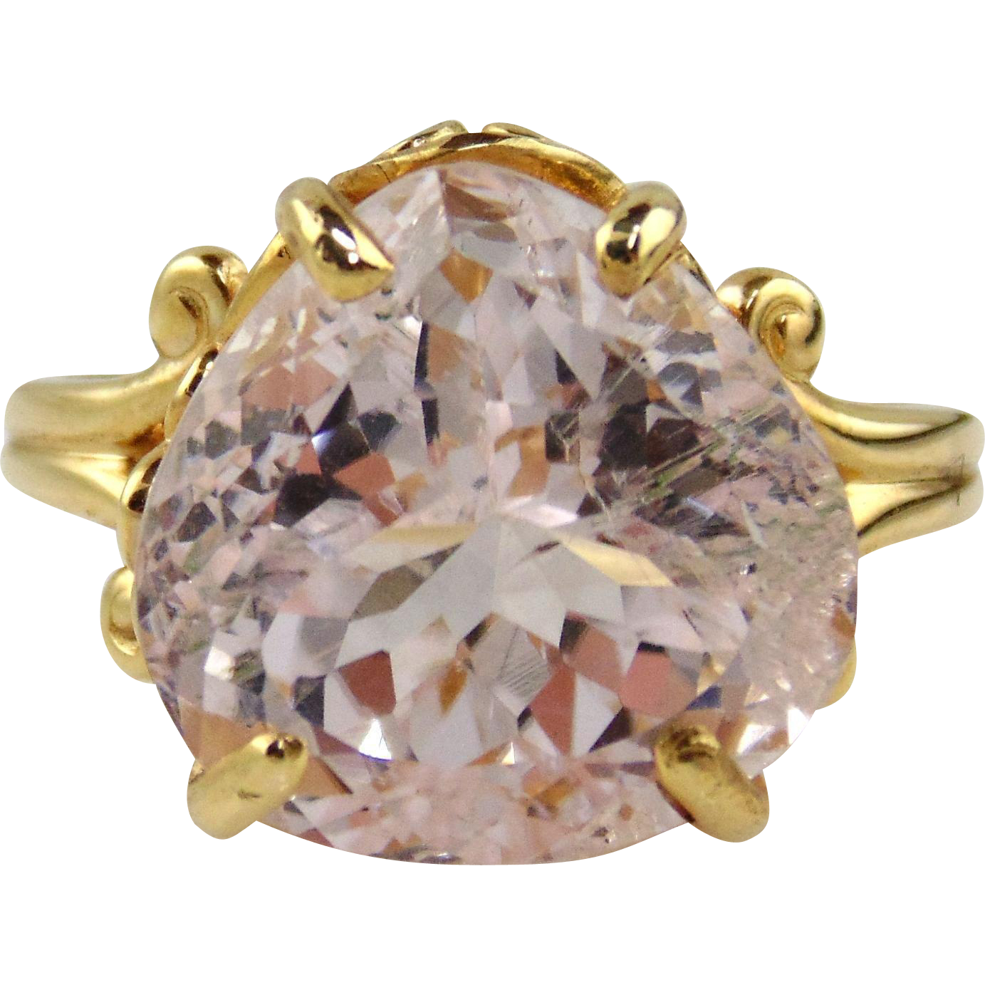 Kunzite Ring Lavendar / Pink Pear Shaped  14kt Yellow Gold