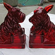 2 Ruby Red Scottie Scotty Dog Bookends Cambridge