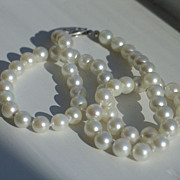 Vintage Cultured  Pearl Necklace and 14k White Gold Clasp.