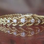 Estate, Vintage 14k Yellow Gold Diamond Bracelet.