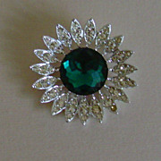 Sarah Coventry Rhinestone Star Burst Pin