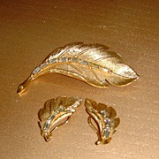 Goldtone and Baguette Rhinestone Pin and Earring Set