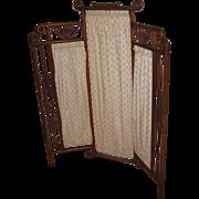 Antique oak stick & ball child's 3 part folding screen