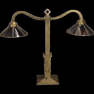 Unusual Bradley & Hubbard Arts & Crafts Partners Desk Lamp