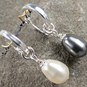 Venus At A Mirror Earrings Black & White Swarovski Crystal Pearls Silver Hoops