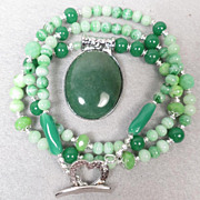 VENUS IN GREEN Necklace Aventurine Vintage Bohemian Glass Czech Art Glass Ancient Roman Goddess