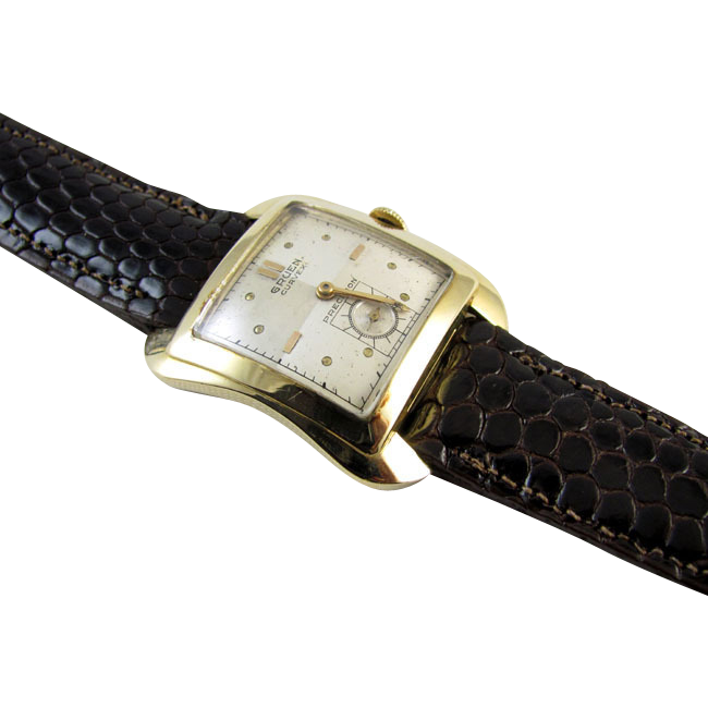 PROFESSIONALLY RESTORED and SERVICED Vintage wrist watch 14k solid gold cushion shaped Gruen Curvex Precision Model 440 36mm 1940