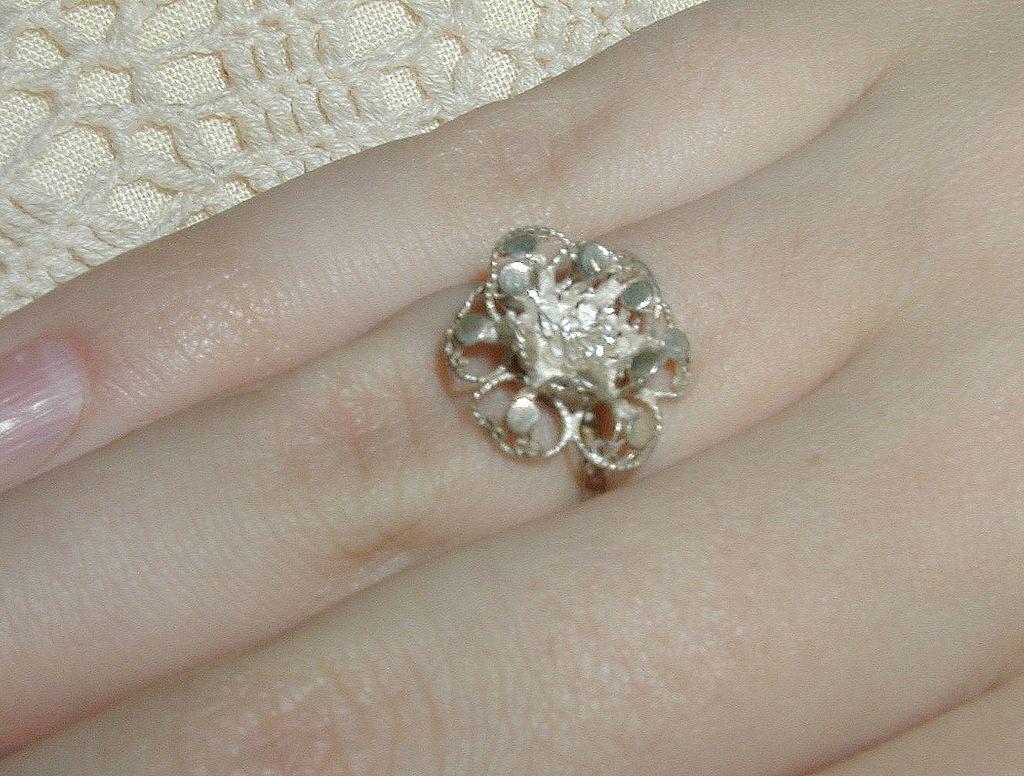 India Silver Filigree Flower Ring