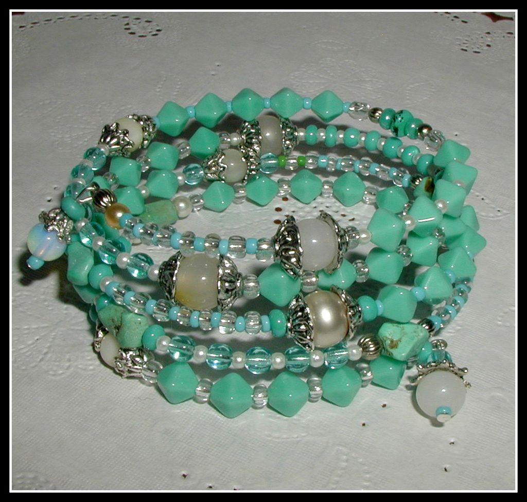 Blue Persian Dream -  Memory Wire Bracelet