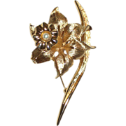 Signed Boucher Gold-tone Jonquil Pin with Cultured Pearl 1962
