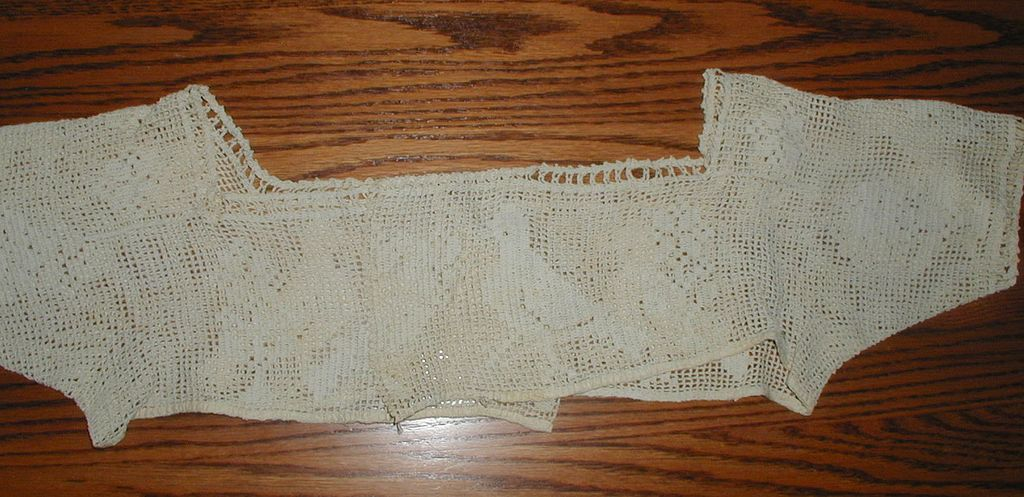 Handmade Filet Crochet Lace Bodice with Birds