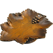 Leaf Carved Black Forest Bon Bon Tray with Music Box