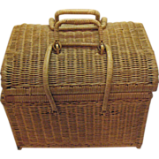 SALE Vintage Wicker Picnic/Sewing Basket 1950-60s Very Good Condition