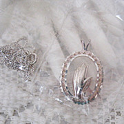 Vintage Sterling Silver' Praying Hands Pendant' Necklace by Avon  1996~Unopened