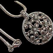 Vintage Rhinestone Daisy Pendant Necklace