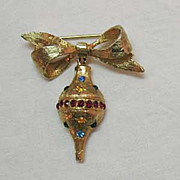 Vintage Christmas Ornament Brooch/Pin