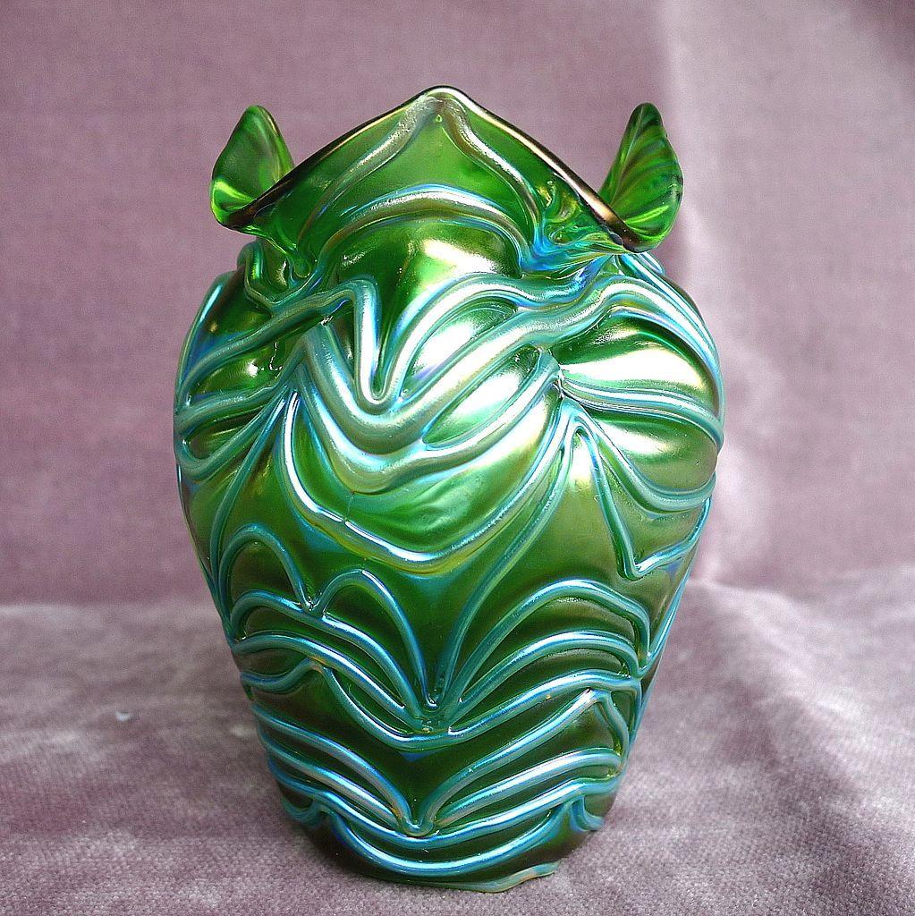 Antique Circa 1905 Loetz Formosa Vase