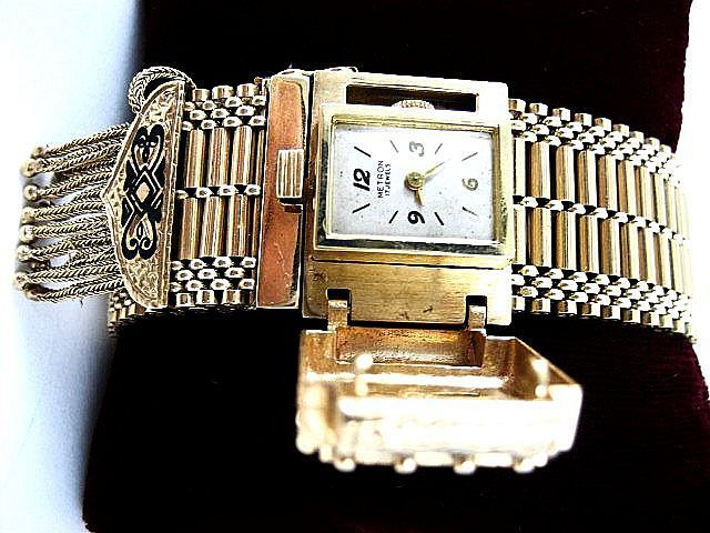 Vintage Art Deco 14K Lady's  Watch With Enamel Accents