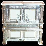 SALE Davis Products Plastic White & Silvertone Trim Piano Salt & Pepper Set - Marked