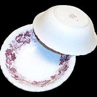 """Wedgwood """"Old Vine"""" of Etruria Mulberry Colored Grapes, Leaf & Vine Design Cereal Bowl"""