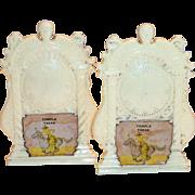 Vintage Plastic Novelty Temple, Texas Souvenir Creme Colored Mantel Clock Design Salt & Pepper