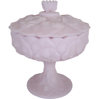 """Fenton Lavender Satin """"Water Lily"""" Footed Covered Candy Box"""