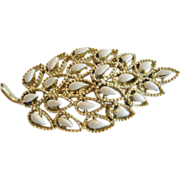 Gerry's Goldtone and Cream Colored Pin/Brooch