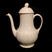 """WEDGWOOD """"Willow Weave"""" Coffee Pot w/Lid"""