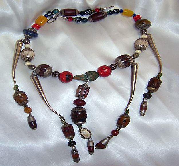 Tibetan Naga beads Conch Shell African Skunk beads : Naga Headhunter