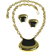 Vintage Monet Modernist Pendant Necklace and Earrings