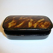 Small Hinged Lacquer Snuff Box ~ Black with Tortoise Shell Design