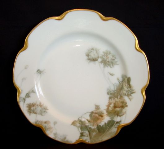 """Magnificent Haviland Plate – 9 3/4"""" W~ Feu de Four ~ """"Flower and Seeds""""  Pattern on Silver Anniversary / Schleiger #19 Mold ~ Haviland & Co 1893-1931"""