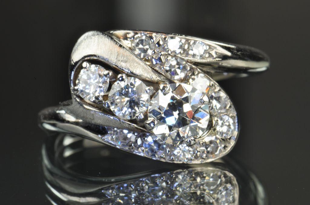 1.39 Carat Art Deco Old European Cut Diamond Ring / EGL Certified