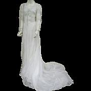 Gorgeous 1930s - 1940s Batiste Wedding Gown Elegant Train Size Small - Medium