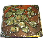 Antique British Biscuit Tin, 1907, Huntley & Palmers, APPLES