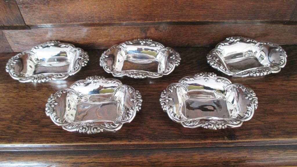 Alvin Sterling Nut Dish (4 AVAILABLE)