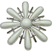 Vintage Sarah Coventry Pin, Snow Blossom