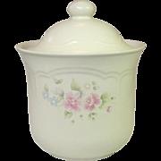 Pfaltzgraff USA, Tea Rose Pattern, Medium Canister, #502