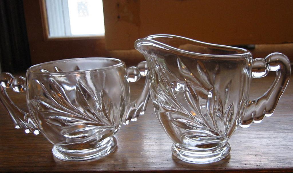 Indiana Glass 'Willow', Oleander, Magnolia, WOM, Sugar / Creamer set
