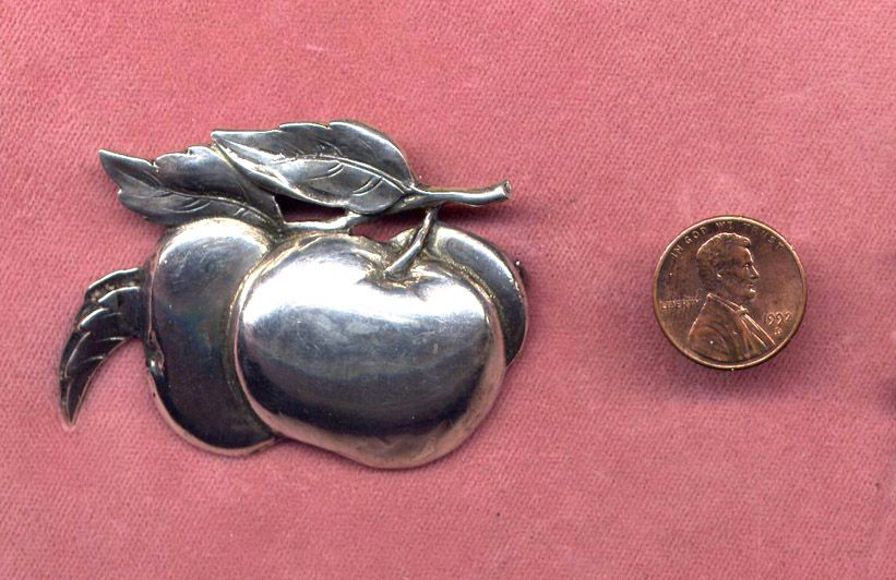 Cini Sterling Apple Pin