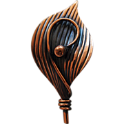 Curved Copper Toned Veined Leaf Brooch