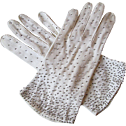 White Beaded Gloves Vintage 1950s Special Occasion Wedding Crescendoe 7