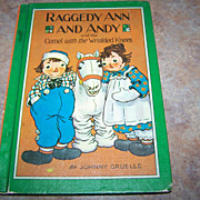 Raggedy Ann And Andy and the Camel with the Wrinkled Knees