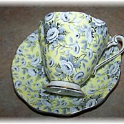 Exceptional Vintage Royal Standard Chintz Tea Cup & Saucer