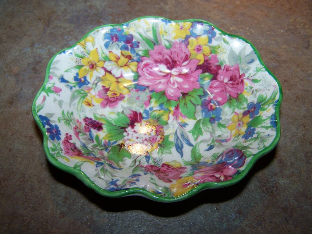Colorful Vintage Mid Winter Chintz Nut Dish