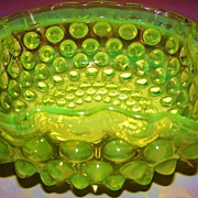 Hobnail Dew Drop Opalescent Vaseline Glass Bowl Hobbs Brockunier