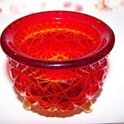 Amberina  Glass Daisy & Button Witches Pot