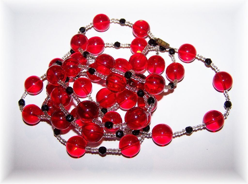 """Cherry Red Glass Ball Bead Necklace Flapper Girl Style 52"""""""